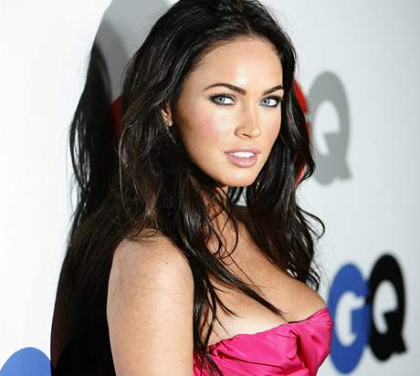 Megan foxová na party gq magazínu foto reuters