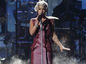 Pink zazpívala na Amerických hudebních cenách v Los Angeles