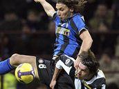 Inter Milán - Juventus: Ibrahimovic a Grygera