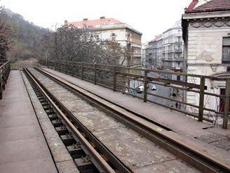 Nové spojení - Husitská ulice z mostu Velká Hrabovka