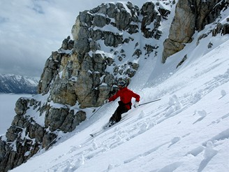 Radek Holub z magazínu SNOW na lyžích ve švýcarském Svatém Mořici