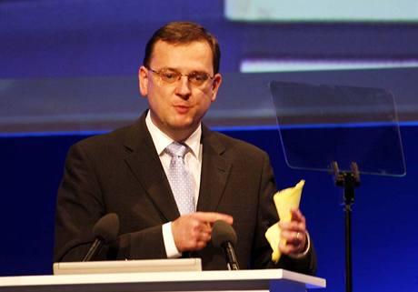 Volební kongres by měl charakter vnitrostranického puče, míní Petr Nečas.