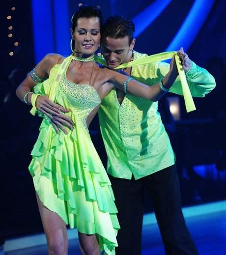 Samba v podání Jany Doleželové a Michala Necpála