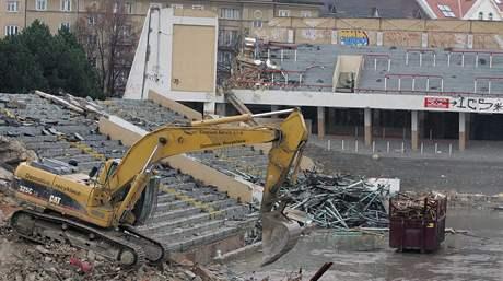 Mizející hokejový stadion za Lužánkami