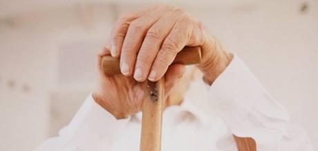 Alzheimerova nemoc postihuje až osmdesát procent lidí starších 80 let. Ilustrační foto.