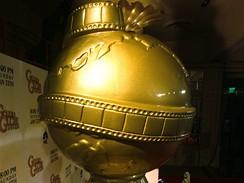 Zlaté glóby - zvětšená podoba filmové ceny