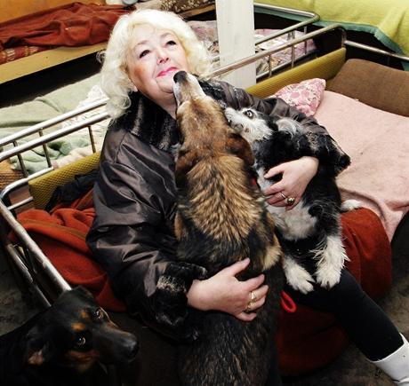 Olga Abrahamová - Útulek pro týraná a opuštěná zvířata