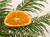 Sušený pomeranč jako ozdoba