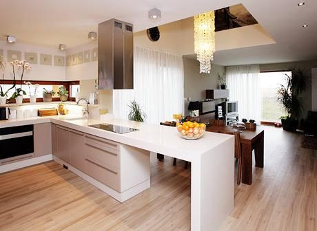 Kuchyni si podle předchozích zkušeností navrhla Lenka sama