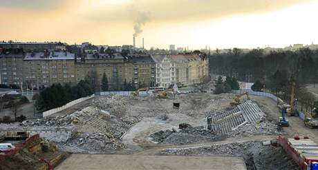 Legendární hokejový stadion za Lužánkami je srovnán se zemí.
