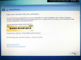 Vložení produktového klíce Windows 7