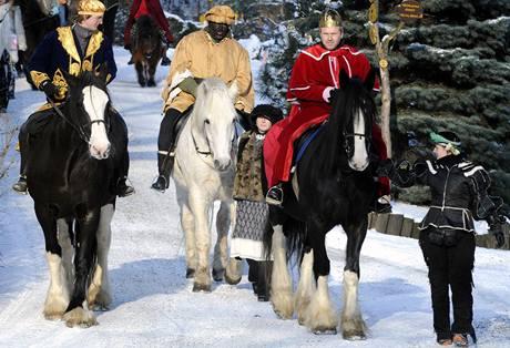 Tříkrálová jízda s Kašparem, Melicharem a Baltazarem zamířila v Chomutově (6.1.2009)