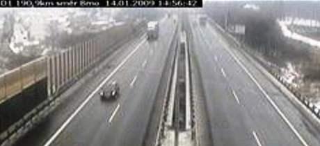 Záběr kamery na 190,5 kilometru dálnice D1 ve směru na Brno