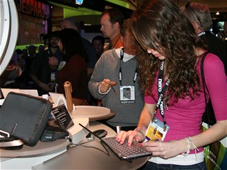 CES 2009 - Lifestyle notebook Sony Vaio - VGN-P500