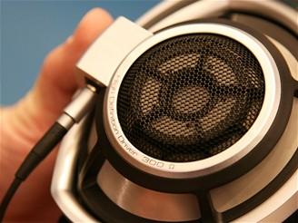 Sennheiser HD 800 mušle (vnějšek)