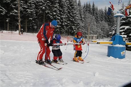 Kolotoč pro výuku dětí v lyžařském areálu Bílá v Beskydech