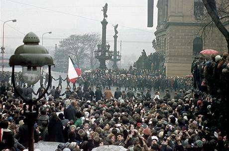 Manifestace u Rudolfina v den Palachova pohřbu (25. ledna 1969)