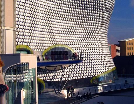 Obchodn� centrum Selfridges v Birminghamu (stavba Jana Kaplick�ho)