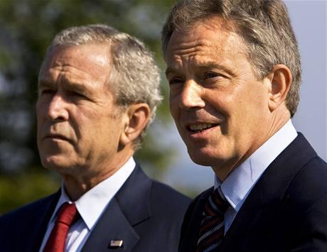 Tony Blair a George Bush.