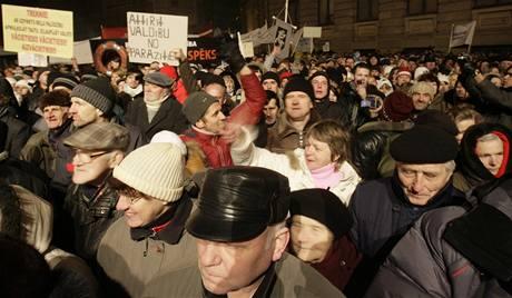 Protesty v Lotyšsku.