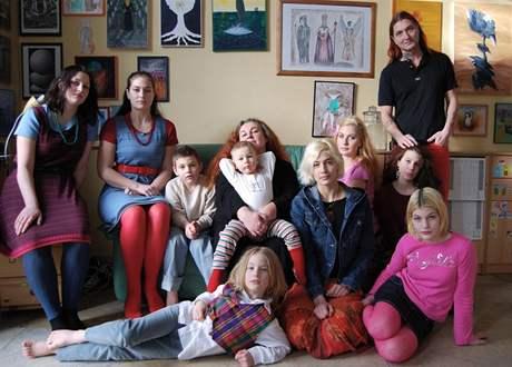 Celá početná rodina Dvorských