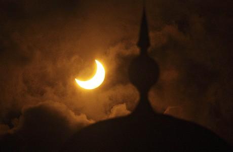 Prstencové zatmění Slunce nad Malajsií (26.1.2009)