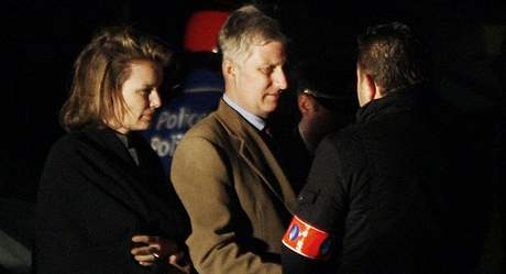 Na místo v pátek večer dorazili i členové belgické rodiny princ Philippe a princezna Mathilde. (23. ledna 2009)