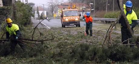 Následky vichřice ve Francii. (24. ledna 2009)