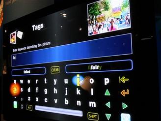 CES 2009 - revoluční dotykové ovládání Panasonic