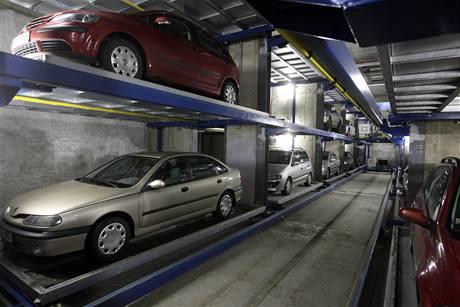 Regálové parkování