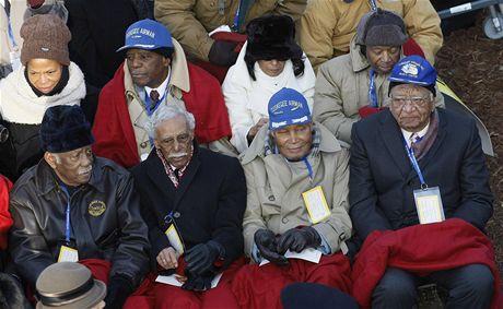 Letci ze slavné letky Tuskagee na inauguraci Baracka Obamy