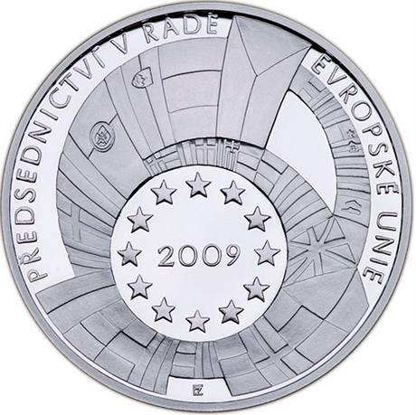 Stříbrná pamětní medaile vydaná k předsednictví Česka EU