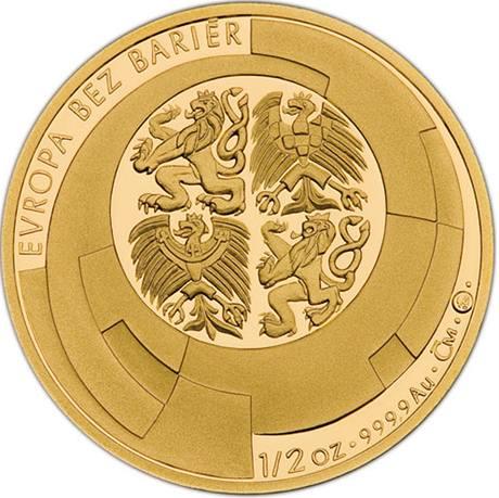 Zlatá pamětní medaile vydaná k předsednictví Česka EU
