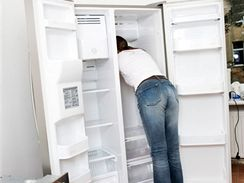 Častá tvorba námrazy znamená vyklidit celou lednici