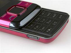 Recenze Nokia 7100 detail