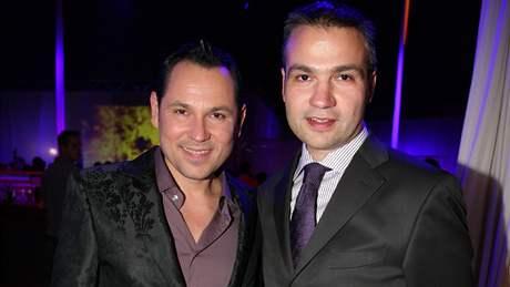Pavel V�tek a Janis Sidovsk�