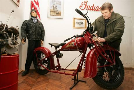 """Výstava """"Já mám motocykl"""" v Jaroměři"""