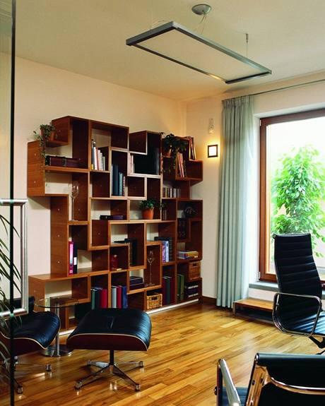 Interiér i dům navržený janem Padrnosem - knihovna Elka