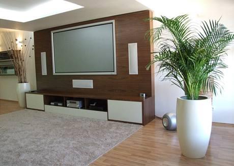 Vysoký koberec napomáhá akustice