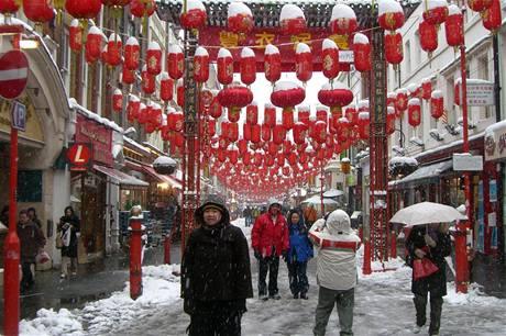 Londýnská čtvrť Soho pod sněhem.