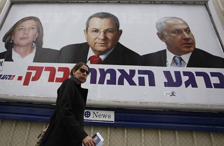 Hlavní favorité voleb (zleva) Cipi Livniová, Ehud Barak a Benjamin Netanjahu na předvolebním plakátu.