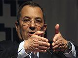 Stranu práce vede do voleb současný ministr obrany Ehud Barak.