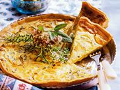 Sýrový koláč s cibulí