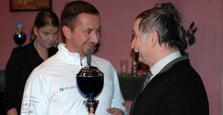 Jachtař David Křížek přebírá trofej pro Jachtaře roku 2008