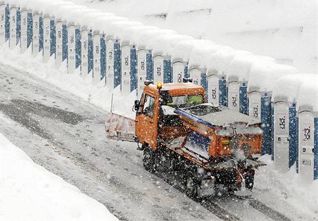 Sněhová nadílka v Liberci v den zahájení mistrovství světa v klasickém lyžování (18. února 2009)
