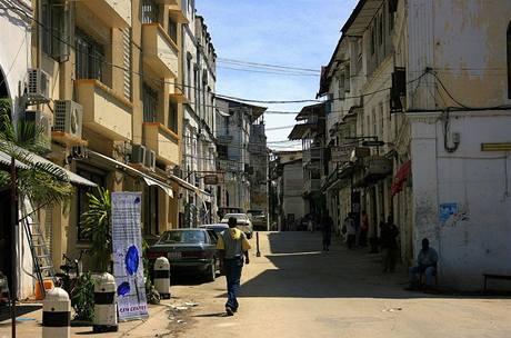 Typické ulice Zanzibaru.
