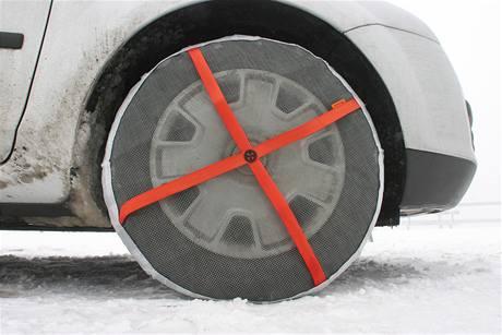 Látkové sněhové řetězy