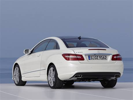 Mecedes-Benz E-Class Coupé