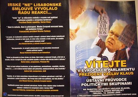 Euroskeptici vítali Klause v Bruselu komiksem karikujícím politiky EU.