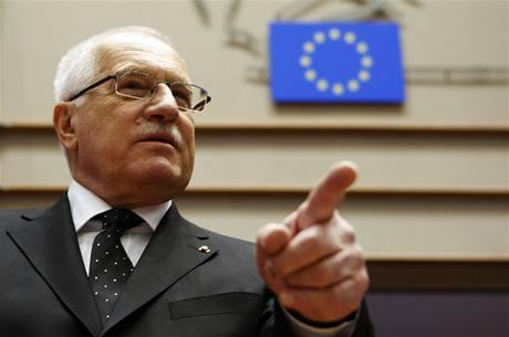 Václav klaus dává na frak Evropské unii